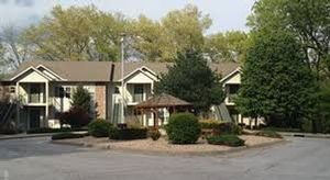 2 Bedroom Bedroom, Week #28 (FIXED), Escapes! to Bella Vista Village I (Greens I) timeshare located in Bella Vista, Arkansas, United States for sale by owner at half price.