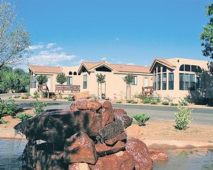 Bedroom Sedona Pines Resort timeshare located in Sedona, Arizona, United States for sale by owner.