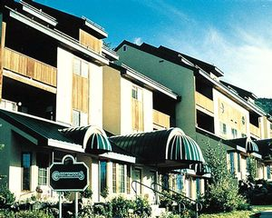2 Bedroom Bedroom Goldenwoods Condominiums at Powderhorn Resort timeshare located in Mesa, Colorado, United States for sale by owner at half price.